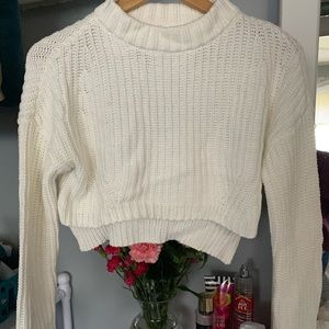 Sweaters - Cropped White Sweater